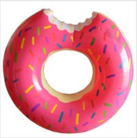 Hot Summer 36 pouces d'eau Jouets Gigantesque Donut Natation flotteur gonflable Natation anneau 2 couleurs meilleurs cadeaux pour les enfants flotteurs Strawberry Donut