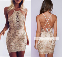 2017 New Sexy Halter Lace Appliques Mini Abiti Homecoming Estate Senza Maniche Backless Economici Ragazze Breve Cocktail Guaina Abiti Del Partito