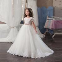 Principessa Pizzo bianco Flower Girl Dresses 2017 New Sheer Maniche corte Prima comunione Abiti da festa di compleanno Girls Pageant Dress For Weddings