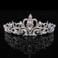 2017 Kristal Düğün Parti Balo Taçlar Band Prenses Gelin Tiaras Saç Aksesuarları Parti Moda Bantlar Lüks Hairwear Taç
