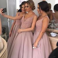 Sparkling Blush Pink невесты платья V шеи без рукавов высокого с низким Тяжелое бисером Юниор Страна невесты платья Длинные горничной честь платье