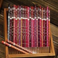 Wholesale-12 PCS / Set 12 Colors Lip Liner المرأة المهنية الشفاه قلم رصاص للماء 15 سم Liner Liner