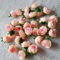 Groothandel 100 stks Kunstbloemen Hoofden Roze Kunstmatige Rose Bud Artificial Flowers for Wedding Decorations Christmas Party Silk Flowers