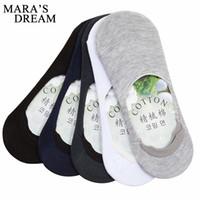 Toptan-6pcs = 3 çift / grup Erkekler Tekne Çorap Yaz Moda kaymaz Silikon Görünmez Pamuk Çorap Erkek Ayak Bileği Çorap Beyaz Çorap terlik