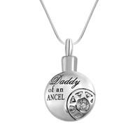 Joyería de la cremación de acero inoxidable grabado corazón de la filigrana resistente al agua collar de la urna Ash Memorial joyería con bolsa de regalo y cadena