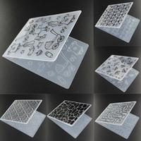 Atacado-Plástico Padrão Bonito borboleta Embossing Pasta Scrapbook Card Decor ofício molde DIY Paper Card Template