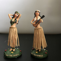 100pcs Artware Ornament Dancing Hula Gilrs Bambole da swing Giocattoli HomeCar Decorazione Novità Bambole Girl Dancing 11cm
