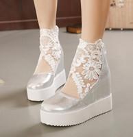 Sapatas de casamento de laço de prata branca bordada sapatos elegantes do pé do peep do pé da cunha botas nupcial 2015 tamanho 35 a 39