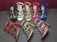 Più nuovo 2019 stile di design in pelle in pelle da donna con borchie sandali Slingback pompe da donna Sexy tacchi alti in 9,5 cm moda rivetti scarpe da T-strap 8 colori