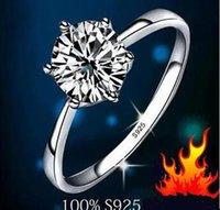 Envío rápido gratis Real Fine Classic Seis Claw One Karat 1ct Diamond Ring 925Sourling Anillo de plata Anillos Mujeres Anillos de boda 2 pieza / lote