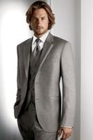Модная Две кнопки светло-серый жених смокинги нота для отвороты жениха лучший человек мужские свадьбы выпускные костюмы (куртка + брюки + жилет + галстук) NO: 3365