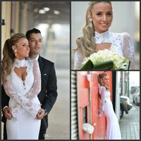 2017 High collar lace Wedding Dresses Mermaid Long Sleeve Backless floor length Bridal Gowns Vestido De Noiva Sereia Com Manga