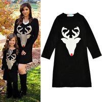 새로운 2017 엄마와 딸 가족 드레스 티셔츠 캐주얼 복장 엄마가 드레스 만화 순록색 긴팔 면화 사슴 드레스 블랙 A7213