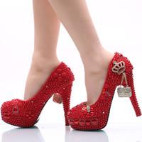 Zapatos de boda hechos a mano Perla roja y diamantes de imitación zapatos de novia Plataforma del dedo del pie redondo Partido de las mujeres Prom tacones altos más el tamaño 11 y 12