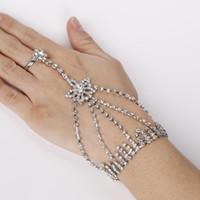 Neuer Entwurf silbernes magnetisches sich hin- und herbewegendes Locketarmband mit Herzanhängern Art- und Weisefrauenrhinestone-Armband-Großhandelszusätzen wholesale