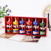 Joyeux Noël Ornements de bois de cheval de carrousel en bois Mini Belle de Noël Jouets pour enfants cadeaux Nouvel An Cadeaux de Noël Artisanat