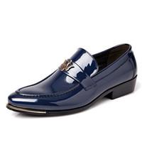 أزياء اللباس الأعمال الرجال أحذية أشار تو براءات جلد عارضة أحذية الرجال الانزلاق على أوكسفورد أحذية 2017 شقق جديدة