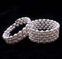 女性パーティーブレスレットのための高品質の弾性クリスタル真珠のブレスレットのブレスレットブライダルジュエリーラインストーンバングル