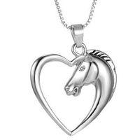 Оптовая продажа-FUNIQUE сияющее сердце лошадь кулон ожерелья ювелирные изделия серебряный тон лошадь в сердце Ожерелье для женщин девушка мама друзья лучшие подарки