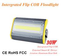 Nuovo design 30W High Lumen Flip COB Floodlight Aviation Alluminio Modulo lineare LED Flood 100lm / W impermeabile IP66 per illuminazione esterna