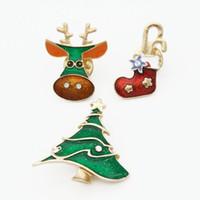 Lot 12 Takım (3 Adet / takım) Sıcak Unisex Noel Hediye Noel Broş Rhinestone Emaye Ağacı Elk Boot Broş Pin Kadın Erkek Takı