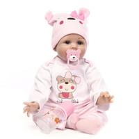 Nuovo 22 '' Realizzato a mano Realistico Neonato Silicone Vinile Reborn Baby Doll Full Body Reborn Baby Doll con biberon Facile da trasportare