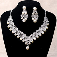 2017 Luxury Bridal Accessories Pearl crystal Necklace Earrin...