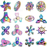 Vente en gros de styles différents Fidget Spinner Metal Rainbow Spinners EDC Hexagonal -Spinner Hand Spinner Toys Bulk Alloy Decompression toy 2017