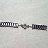 Banda de reloj de acero inoxidable de alta calidad de 22 mm Pulseras de reloj de pulsera de acero inoxidable sólido de plata con cierre