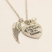 Часть моего сердца живет в небесах сердце ожерелье рука штампованные крылья ангела с жемчужное ожерелье подарок женщины ювелирные изделия