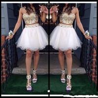Sexy Two Piece Uma Linha Vestidos Homecoming Com Tiras de Ouro Frisado Tulle Branco Curto Prom Vestido Doce 16 Vestido Barato Custom Made