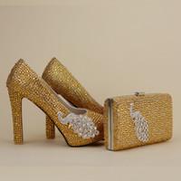 2017 neueste Entwerfer Einzigartige Phenix Dekoration-Gold Rhinestine Schuhe mit passender Tasche Partei Proms Braut Hochzeit-Absatz-Frauen Stiletto