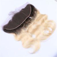 اثنين من لهجة 1B / 613 شقراء أومبير الشعر الإنسان الرباط أمامي إغلاق 13x4 مع الطفل شعر الجسم موجة الظلام الجذر شقراء الرباط Frontals كاملة