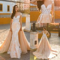 2017 Champagne Mermaid Wedding Dresses Sheer Neck Tulle Lace...