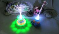 2014 nieuwe hete nacht markt kraam selling kinderen speelgoed groothandel lichtgevende kroon glasvezel gyro flash muziek