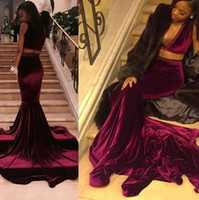 2017 Sexy scollo a V profondo senza maniche in velluto a due pezzi Borgogna Prom Dresses Lunghe Corte Train African Black Girls Evening Party Gowns