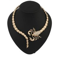 Punk Scorpion Womens Halsketten Gold / Silber Ton Strass Dekorierte Chokers Halsketten Party Chokers Geschenke Aussage Halsketten
