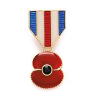 مطلية بالذهب الأحمر الزمرد بروش شارة دبابيس هدايا يوم ذكرى المملكة المتحدة