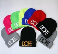 Nuovo raccomandare uomini lettere invernali all'aperto hip hop cappelli per maglieria donne mano ricamo sci cappelli di lana Regali di Natale berretti all'ingrosso