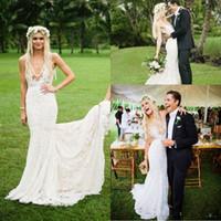 Vestidos de boda bohemios atractivos de la sirena de la ilusión profunda del V cuello 2016 Vestidos de boda sin respaldo del tren de la corte del estilo del campo