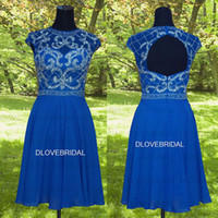 Fotos REAL Classic Royal Blue Chiffon Uma linha Curta Homecoming Vestido Jewel Neck Cap Sleeve Keyhole Backless Occassion Vestido de vestido de festa
