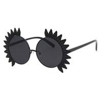 نظارات شمسية للنساء بتصميم دائري مصنوع من المعدن UV400