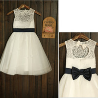 새로운 꽃의 소녀 드레스는 서스펜션 열쇠 구멍 파티 공주 공주 미인 대회 드레스 작은 여자 어린이 / 어린이 드레스 웨딩