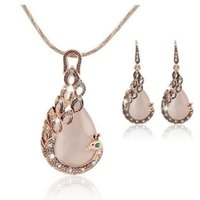 Europe and the United States and creative peacock jewelry set hot selling Necklace Earrings two sets of wholesale