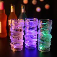크리 에이 티브 다채로운 LED 라이트 플래시 맥주 주스 음료 컵 드래곤 장식 빛나는 컵 바 용품 파티 / 클럽 Drinkware ZA3640
