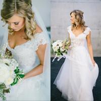 2020 vestidos de noiva Bohemian Hippie estilo modesto do casamento do país Vestidos V Neck Lace mangas Sash Sexy Backless do vestido de casamento baratos Praia