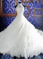 Halter High Neck Ballkleid Brautkleid mit Perlen Appliques Watteau Zug Tiered Rüschen Organza-Spitze-wulstige Brautkleider Gewohnheit
