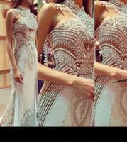 Vestidos de fiesta nuevo estilo de la sirena de 2021 Partido de novia Vestidos de noche de baile con apliques de encaje transparente de cristal de cuello atractivo de la alfombra roja por encargo