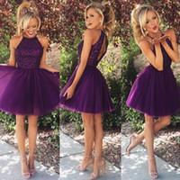 Sexy Purple A Ligne Robes de Bal Courte Retour Dos Nu Paillettes Mini Robes de Graduation Tulle Robes de soirée pas chères