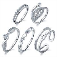 5 세트 / Lot 혼합 크기 패션 여성 SilverGold 복숭아 잎 크라운 디자인 라인 석 5pcs / Set 너클 링 보석 선물 RIG132